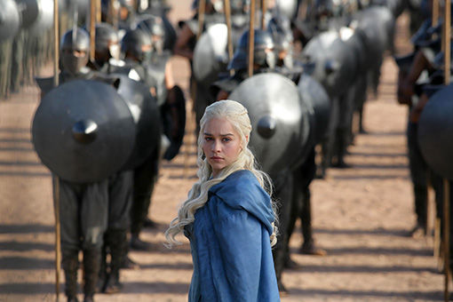 Game of Thrones Danaerys and the Unsullied Game of Thrones Producer Wants 8 Seasons Total   Will You Watch?