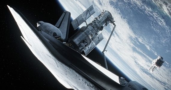 Gravity Science Fact vs. Fiction Gravity Reactions From Scientific Icons; Clooney Wrote Key Scene in Film