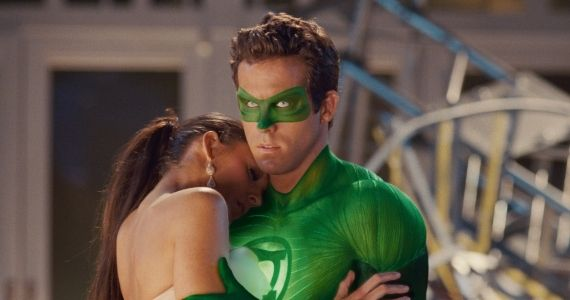 Green Lantern Still Reynolds and Lively Ryan Reynolds Has Very Little Interest in Justice League Return