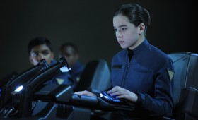 Hailee Steinfeld in Enders Game 280x170 Enders Game: New Clip, Images & Poster Highlight Battle School Life