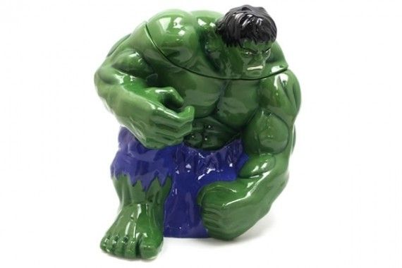 Hulk Cookie Jar 570x380 SR Geek Picks: LEGO Inception, Kid Avengers Cosplay, Walking Dead Tee Shirts & More!