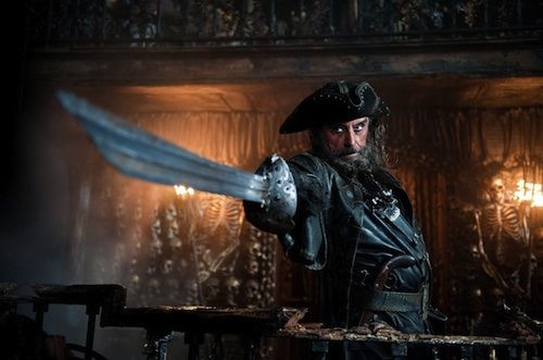 Ian McShane in Pirates of the Caribbean On Stranger Tides Ian McShane Is A Dwarf In Snow White & the Huntsman