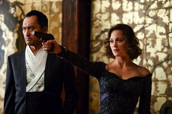 Inception production still 2 Marion Cotillard In Talks To Join The Dark Knight Rises