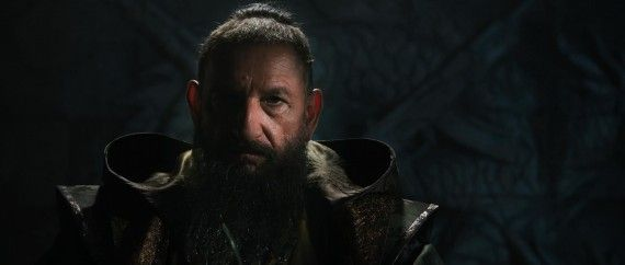 Iron Man 3 Ben Kingsley Mandarin Close up 570x242 Iron Man 3 Trailer Keeps It Serious
