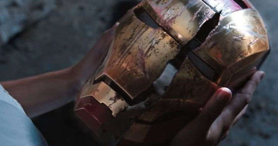 Iron Man 3 Broken Helmet Iron Man 3: Kevin Feige Praises Sir Ben Kingsleys Mandarin Performance