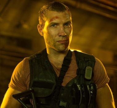 Jai Courtney Green Lantern Guy Gardner