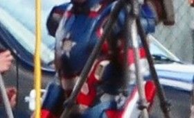 James Badge Dale as Iron Patriot in Iron Man 3 280x170 Iron Man 3: Iron Patriot Armor Spotted on Set