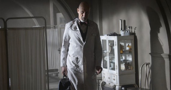 James Cromwell in American Horror Story Asylum Dark Cousin American Horror Story: Asylum Episode 7 Review – Angel of Death