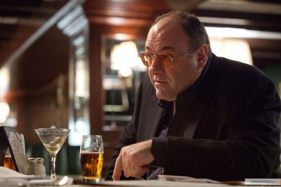 James Gandolfini in Cogans Trade 570x379 James Gandolfini in Cogans Trade