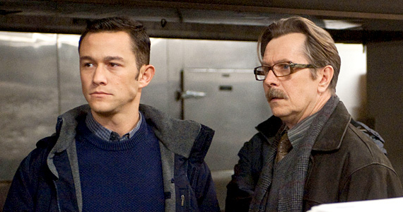 Rumor Patrol: Joseph Gordon Levitt to Play Batman in Justice League