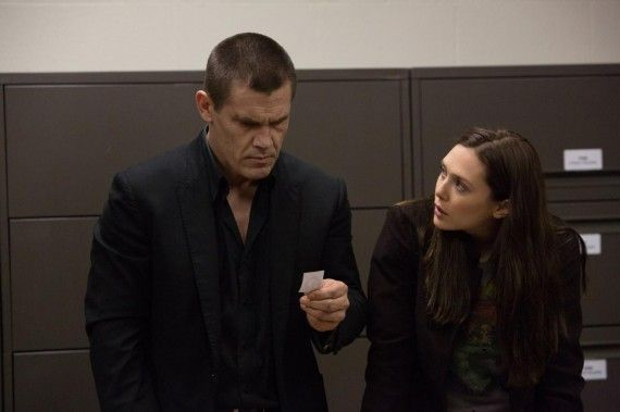 Josh Brolin and Elizabeth Olsen in Oldboy 2013 570x379 Spike Lee Talks Oldboy Remake, Changing the Original & Comic Book Movies