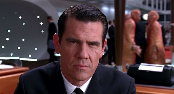 Josh Brolin as Agent K in Men in Black 3 Barry Sonnenfeld & Rick Baker on Men in Black 3 Problems & MIB4