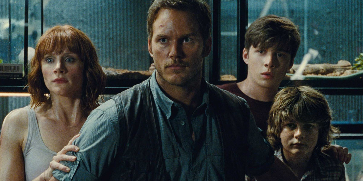 Jurassic World - Bryce Dallas Howard, Chris Pratt, Nick Robinson, Ty Simpkins