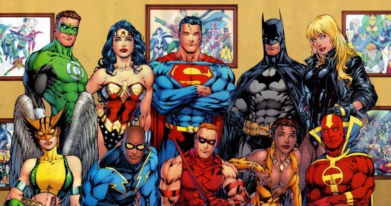Justice League Team Photo Ryan Reynolds Has Very Little Interest in Justice League Return