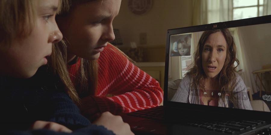 Kathryn-Hahn-in-The-Visit-Movie-2015.jpg