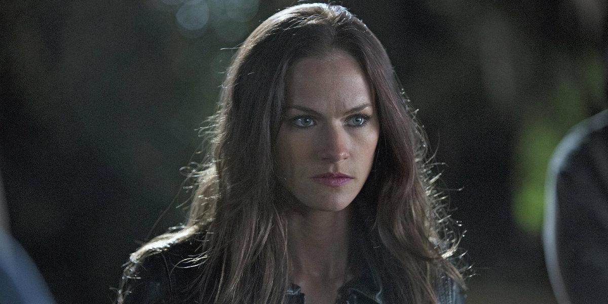 Syfy's Van Helsing Daughter TV Series Casts Kelly Overton ...