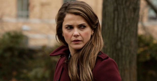 Keri Russell in The Americans Season 2 Episode 4 The Americans Are Living In A World Of Unseen People