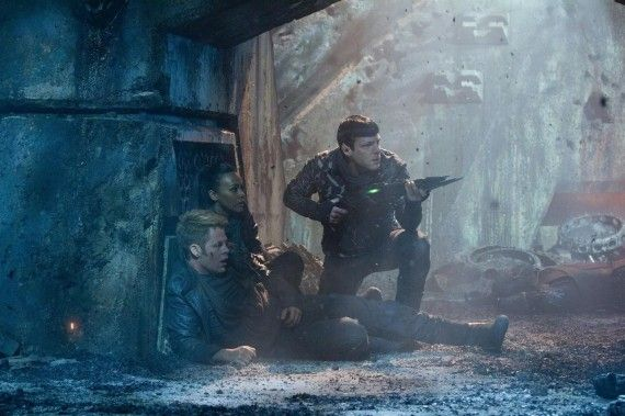 Kirk Uhura and Spock in Battle Star Trek Into Darkness 570x379 Kirk, Uhura and Spock in Battle   Star Trek Into Darkness