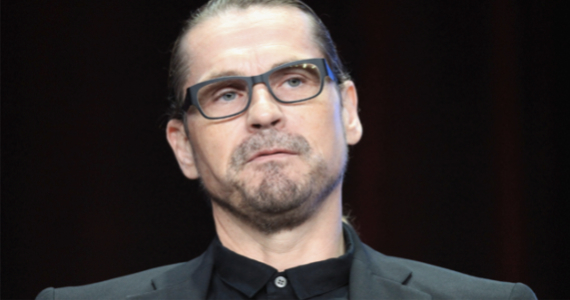 Kurt Sutter Sons of Anarchy Sons of Anarchy Creator Predicts Walking Dead Downfall in Seasons 4 & 5