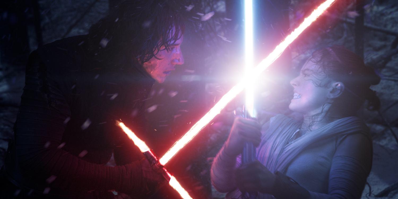 Kylo Ren vs Rey in Force Awakens