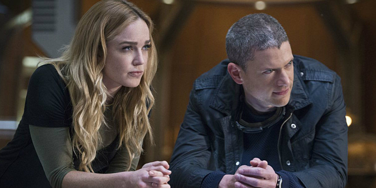 Sara Lance and Leonard Snart in Legends of Tomorrow.