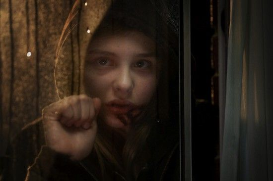 Let me in moretz First Pic of Chloe Moretz in Let Me In [Updated]