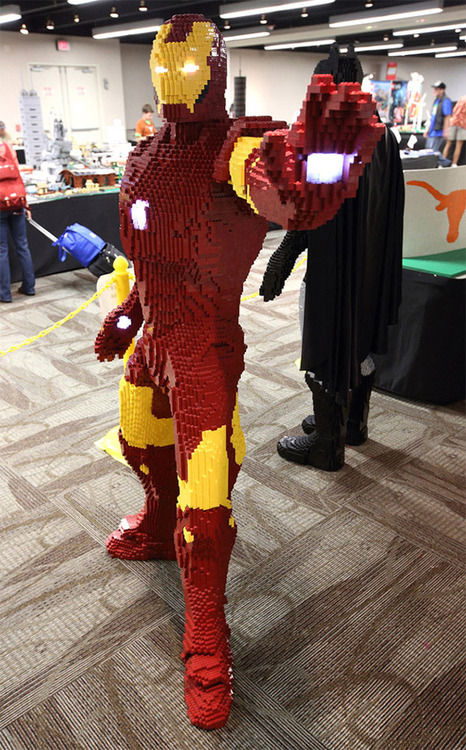Life Size LEGO Iron Man SR Geek Picks: 8 Bit Looper, Life Size LEGO Iron Man, Dark Knight Meets Avengers & More