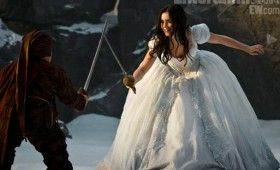 Lily Collins as Snow White 280x170 Snow White Images Tease A Stylized Fairy Tale Re Imagining