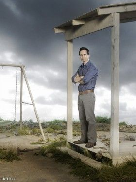 Lost promo pics Richard1 280x373 Lost: More New Promo Pics & Cool Israeli Trailer