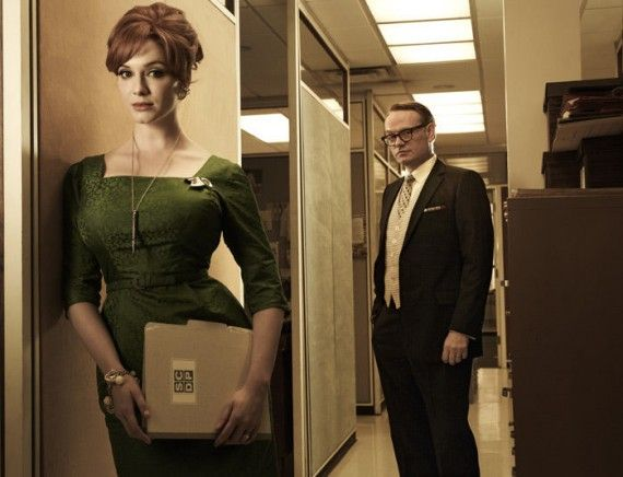 Mad Men Season 5 Christina Hendricks Jared Harris 570x436 Christina Hendricks and Jared Harris in Mad Men Season 5