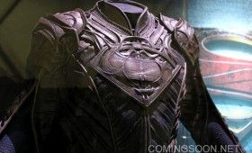 Man of Steel Jor El Costume Expo Display 280x170 Man of Steel Costume Photos: Kryptonian Fashion Re Imagined