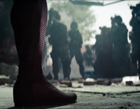 Man of Steel Trailer Army Standoff