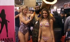 NYCC 2011 Cosplay Mr.T Babes in Bikinis 280x170 NYCC 2011: Cosplay Babe Photo Gallery