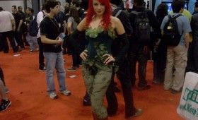 NYCC 2011 Cosplay Poison Ivy Babe 280x170 NYCC 2011: Cosplay Babe Photo Gallery