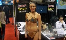 NYCC 2011 Cosplay Princess Leia 280x170 NYCC 2011: Cosplay Babe Photo Gallery