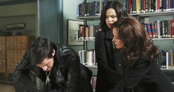 ONCE UPON A TIME Season 2 Episode 14 Hook Cora Regina Map Once Upon a Time Season 2, Episode 14: Its All Relative