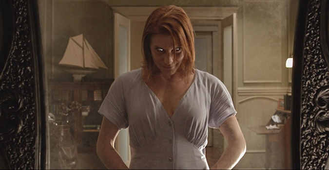 Oculus Reviews starring Katee Sackhoff and Karen Gillan Oculus Review