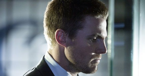 Oliver Queen in Arrow season 2 Arrow Season 2 Preview: Oliver Queens Failure & A New Kind of Villain