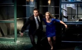 Oliver and Felicia in Action in Arrow Season 2 280x170 Arrow Season 2 Premiere Images & Synopsis: Oliver vs. the Hostile Takeover