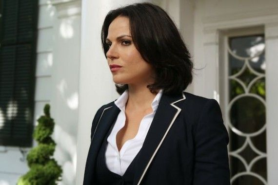 Once Upon a Time Season 2 Premiere Photos Still probably not the chick to mess with 570x380 LANA PARRILLA