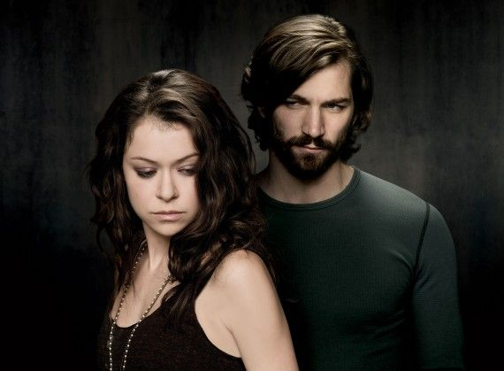 Orphan Black season 2 character image Sarah and Cal 570x419 Orphan Black season 2 character image   Sarah and Cal