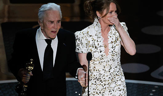 Oscars 2011 Kirk Douglas Melissa Leo Oscars 2011 Discussion: Best. Reality Show. Ever.