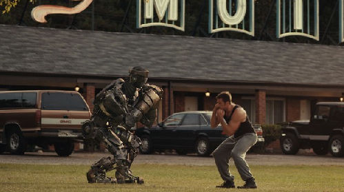 Real Steel Teaser Trailer 01 Real Steel Teaser Trailer   Robot Battles With Heart & Purpose