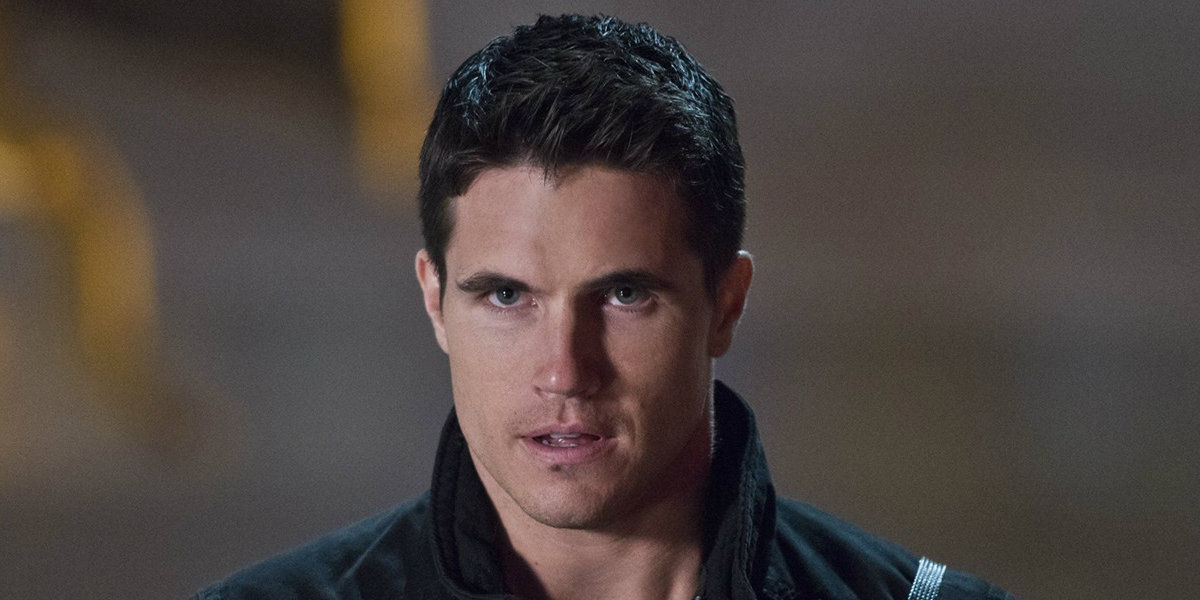 The Flash Star Robbie Amell Drops Major Tease for Deathstorm