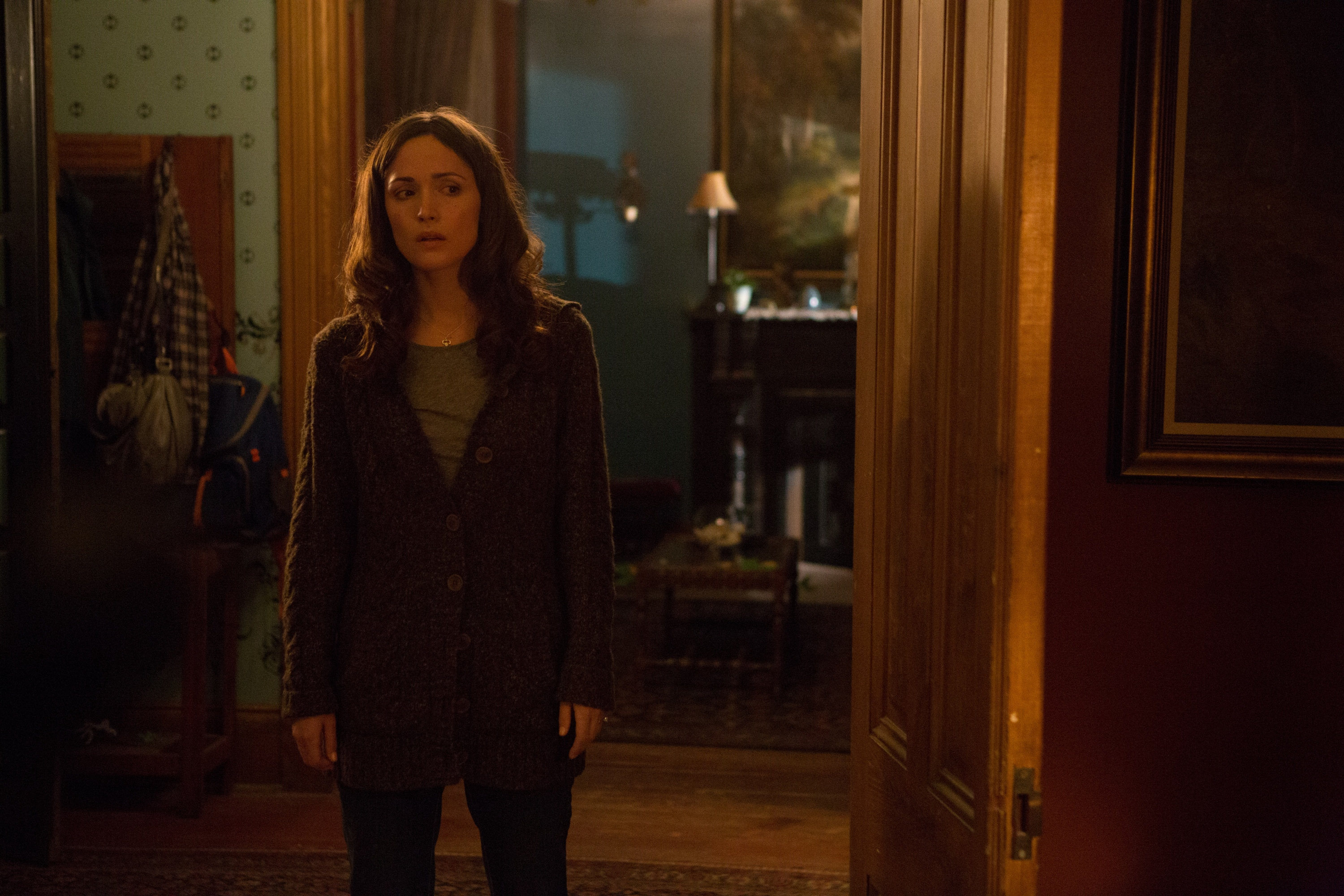 'Insidious 2′ High-Res Image Gallery: Spot the Ghosts