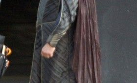 Russell Crowe Jor El Superman Man of Steel 2 280x170 Man of Steel Set Photos Reveal Russell Crowes Jor El Costume