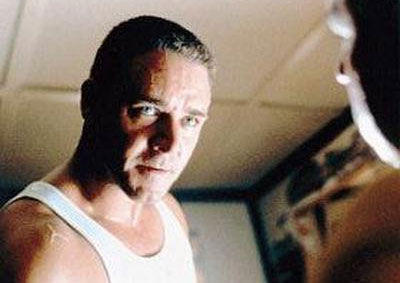 Russell Crowe in LA Confidential Russell Crowe Is Mayor Of Allen Hughes Broken City