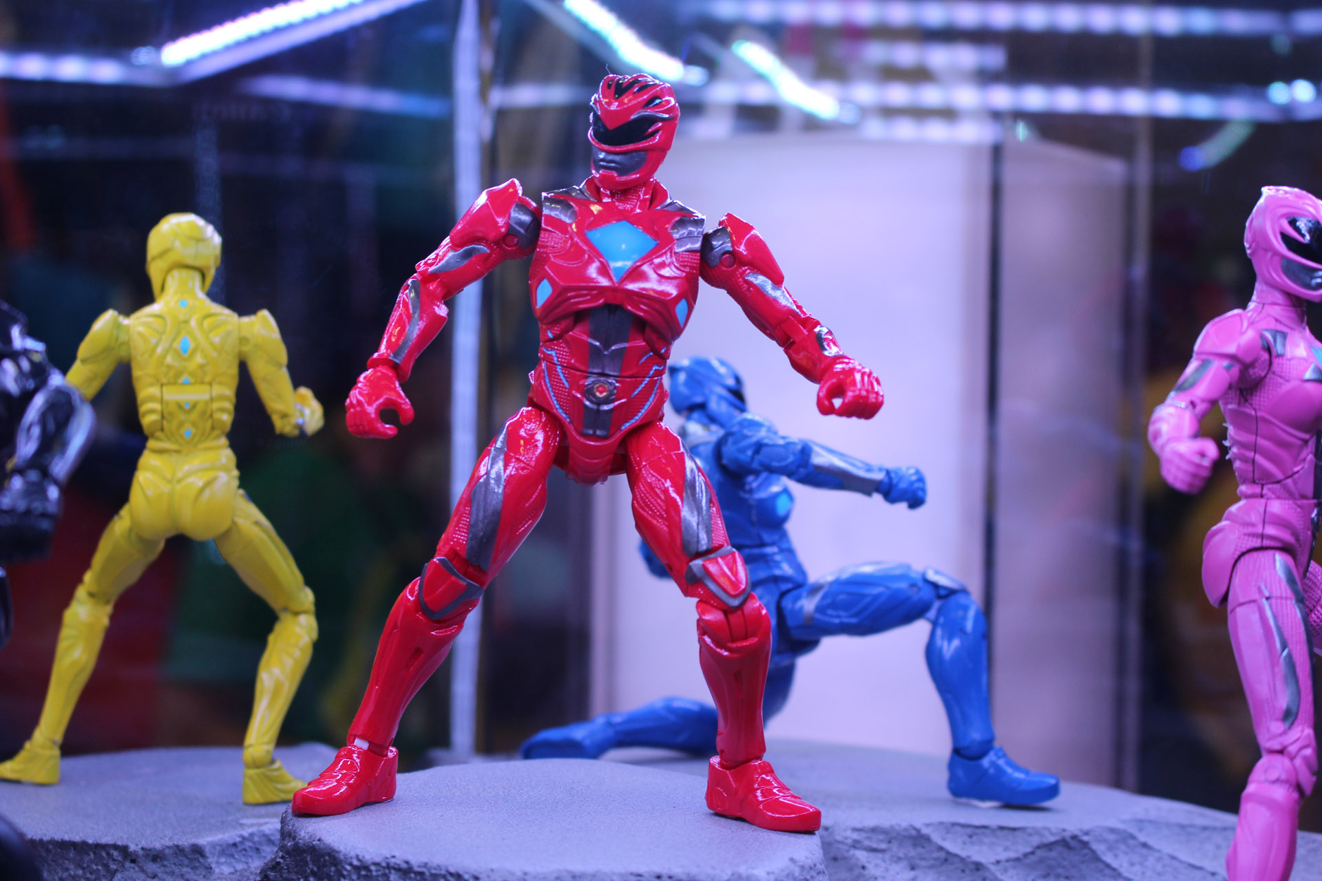 Best Power Ranger Toys And Action Figures : Power rangers movie new action figures revealed at comic con