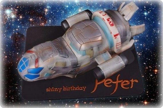 SerenityFirefly Cake 570x381 SR Geek Picks: Willie Nelsons Hobbit 2 Audition, Star Wars VII Fan Posters & More