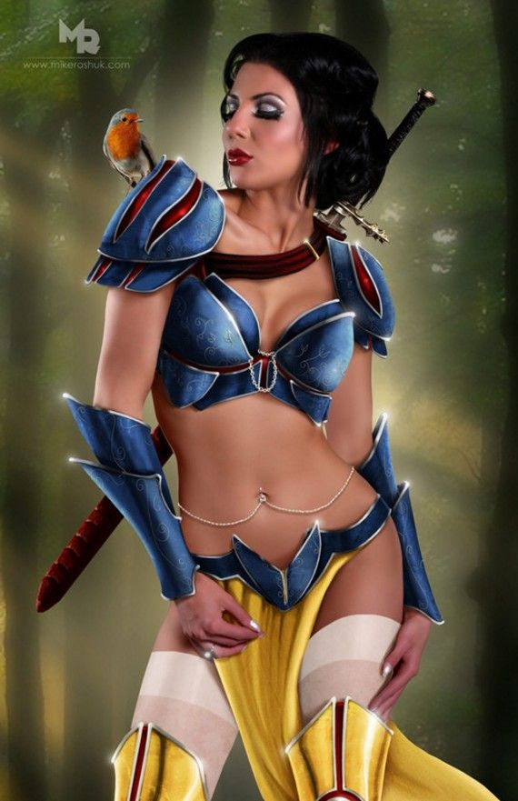 Sexy Snow White 570x881 SR Geek Picks: Pulp Pixar Heroes, Superman vs. Avengers, Disney Princess Cosplay & More